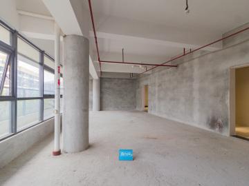 98平米华强创意产业园 高层电梯口 高使用率办公好房