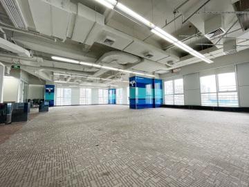 龙光大厦中层 1504平米紧邻地铁 业主直租商业完善