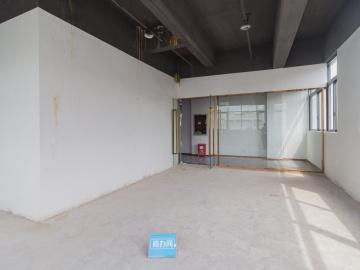 临地铁 嘉盛·智丰荟 108平米正电梯口 高层看房方便写字楼出租