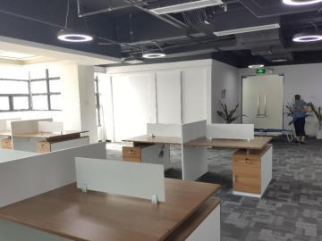 深圳市高新技术产业园 478平米 近地铁电梯口 低层精装