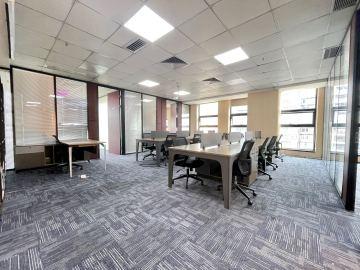 汇海广场 288平米 精装随时看房 中层办公好房