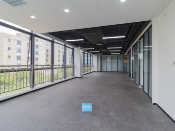 格雅科技大厦 256平米 使用率高精装修 低层房源真实写字楼出租