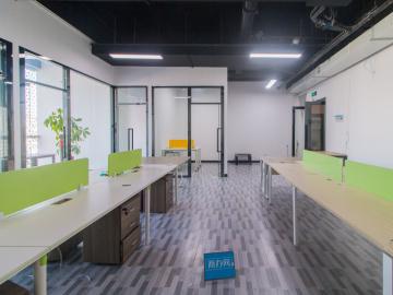 中海信创新产业城低层 200平米有地铁 拎包入驻钥匙在手写字楼出租