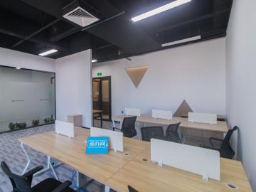 沿地铁 中海信创新产业城 240平米可备案 低层装修好写字楼出租