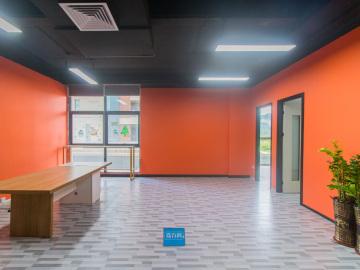中海信创新产业城中层 164平米地铁旁 可备案装修好写字楼出租