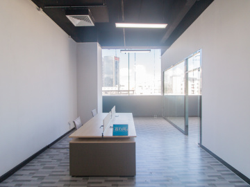 临地铁 中海信创新产业城 152平米上下水 低层精装修写字楼出租