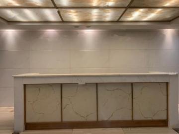 地铁旁 大中华国际交易广场 1163平米租抵供 中层亏本在售