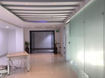 大唐时代大厦中层 138平米电梯口 精装办公好房