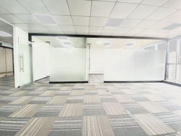 卫东龙商务大厦高层 168平米精装 随时看房办公好房