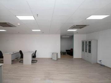 太平洋商贸大厦 139平米 装修好 中层 业主急卖