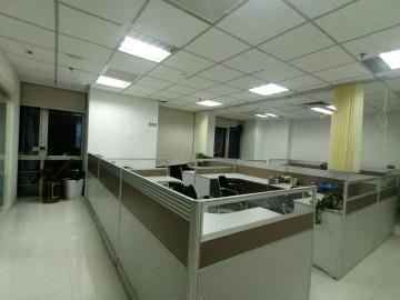 荣超滨海大厦 148平米 带租约 中层 诚心出售