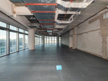大百汇广场 2331平米 楼下地铁电梯口 中层可租整层