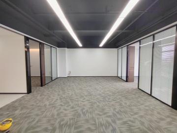 精装 东久创新科技园云科城 260平米优选办公 中层随时看房