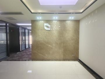 荣超经贸中心 436平米 近地铁可备案 低层精装