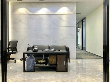 320平米卓越城北区 高层沿地铁 精装修免佣写字楼出租