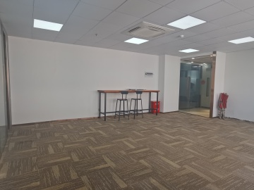 步行可达 安华工业区 140平米红本备案 中层直租写字楼出租