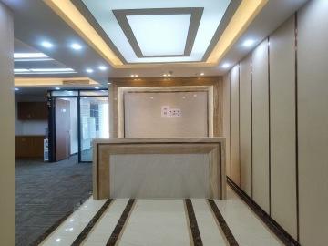 紧邻地铁 京基滨河时代广场北区(二期A座) 518平米可备案 低层热门地段