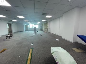 苍松大厦 298平米 地铁出口上下水 中层一手业主写字楼出租